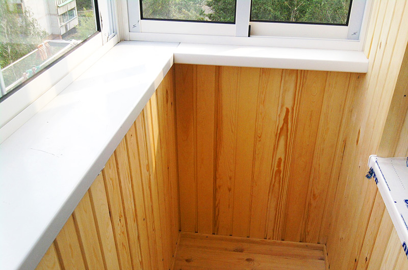 Балкон с выносом вид изнутри