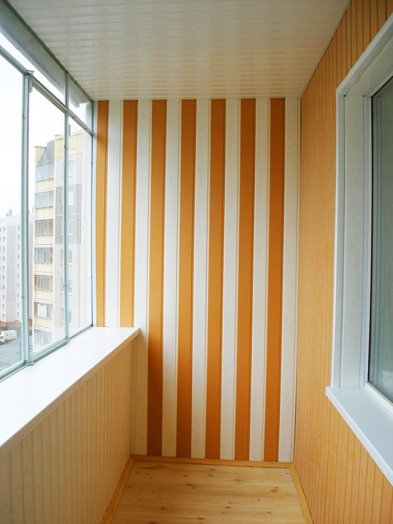 уютный-балкон